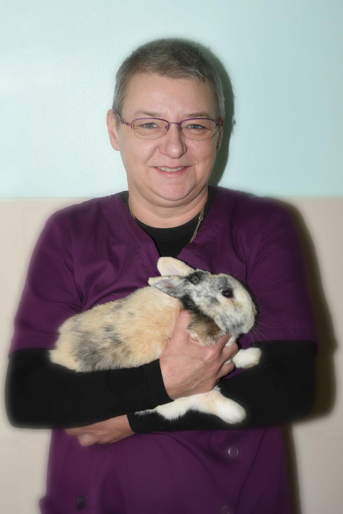 docteur clinique asv vétérinaire passerelle judith grigny givors chasse sur rhone urgence animal